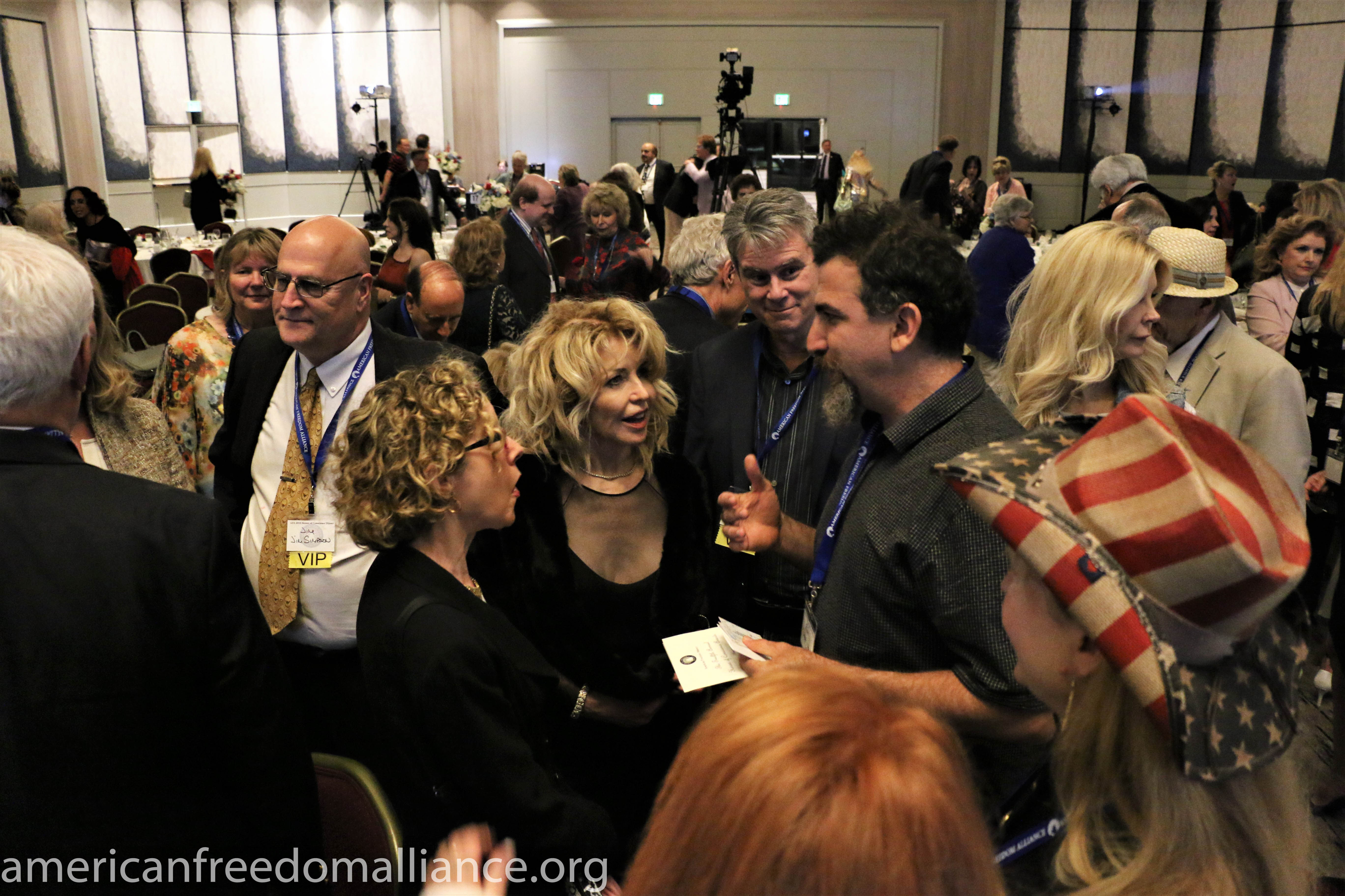 Dinner's Over - Jim Simpson, Heather Mac Donald, Ashley Lewis, Bill Whittle