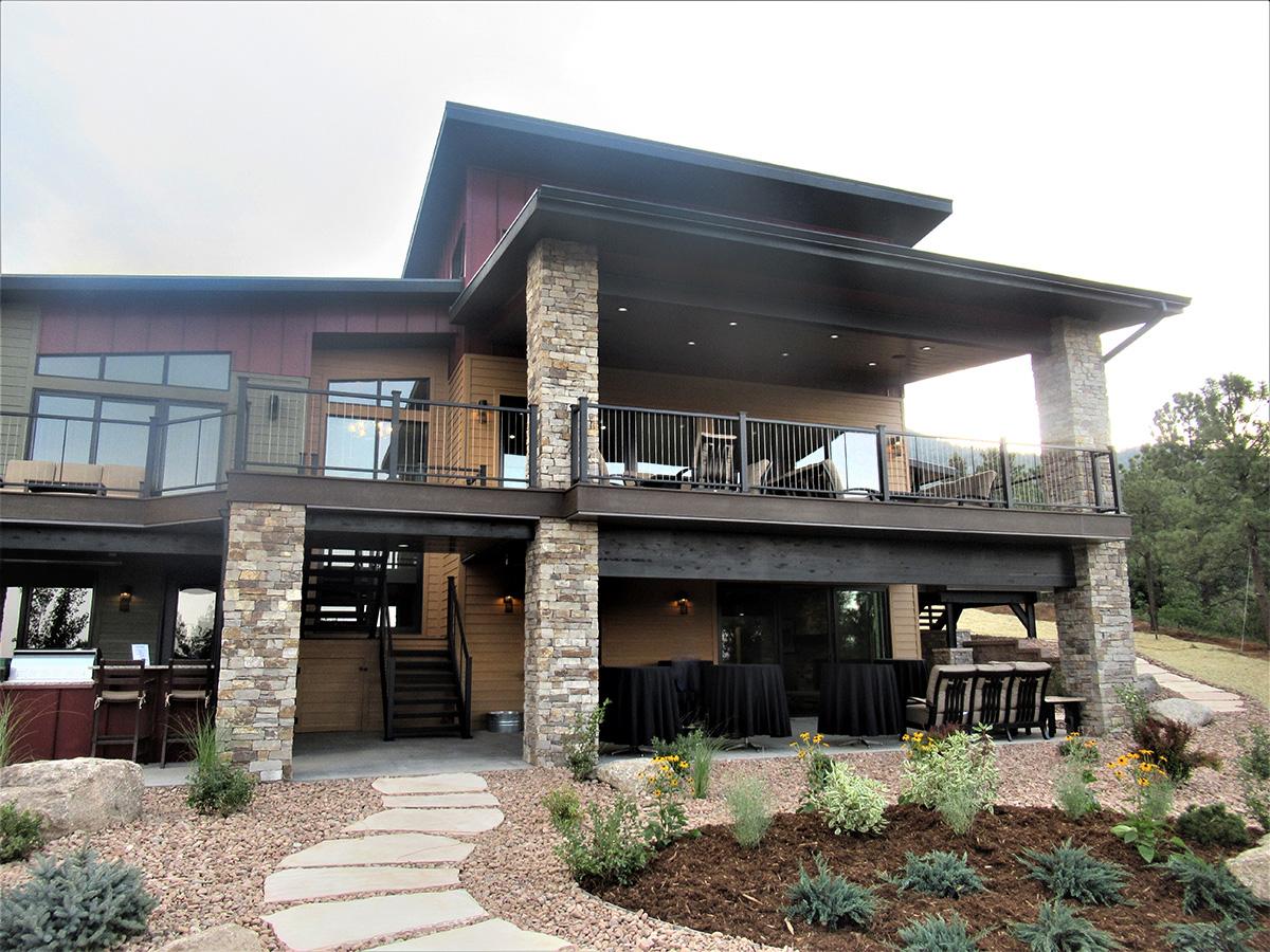 Colorado-Springs-custom-Welding-Fabrication-balconies-structural-steel-3