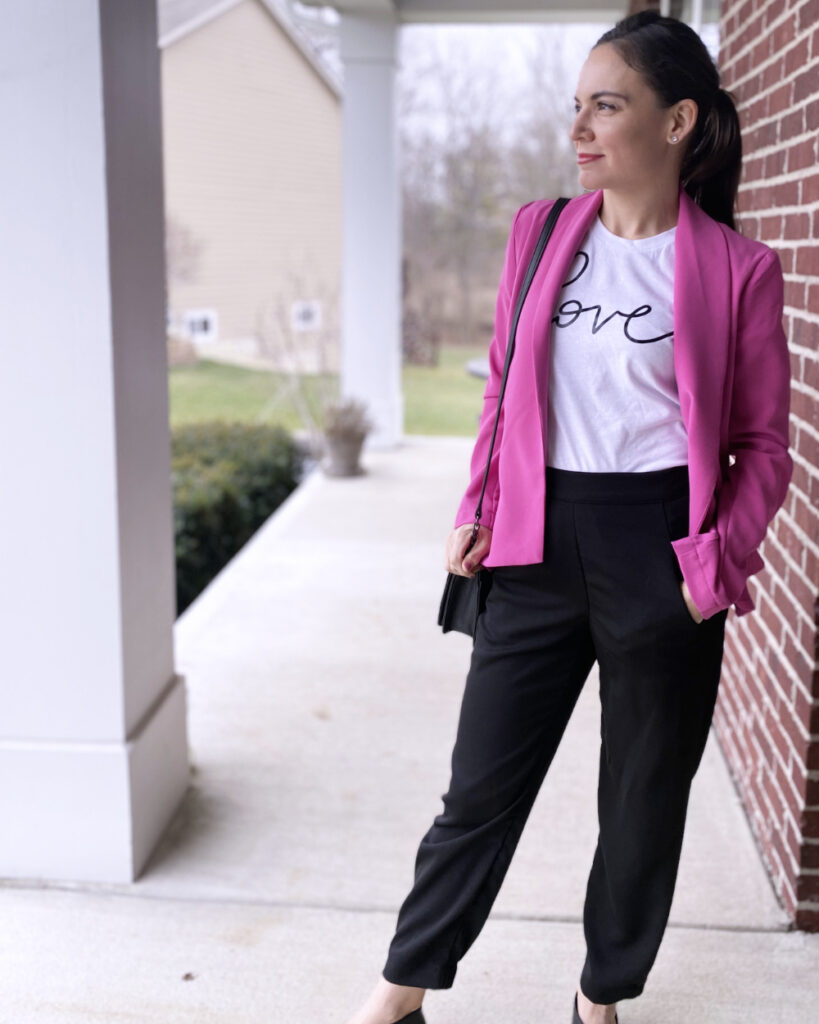 STYLED LOVE TEE 3 WAYS- BUSINESS | Style In Shape