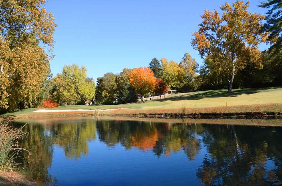 Algonquin-Golf-Club,-St-Louis,-MO-Lake