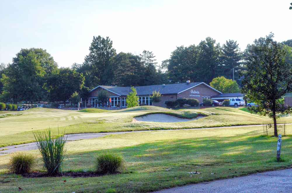 Ballwin-Golf-Course,-St-Louis,-MO-Club-House
