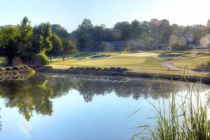 Ballwin-Golf-Course,-St-Louis,-MO-Lake