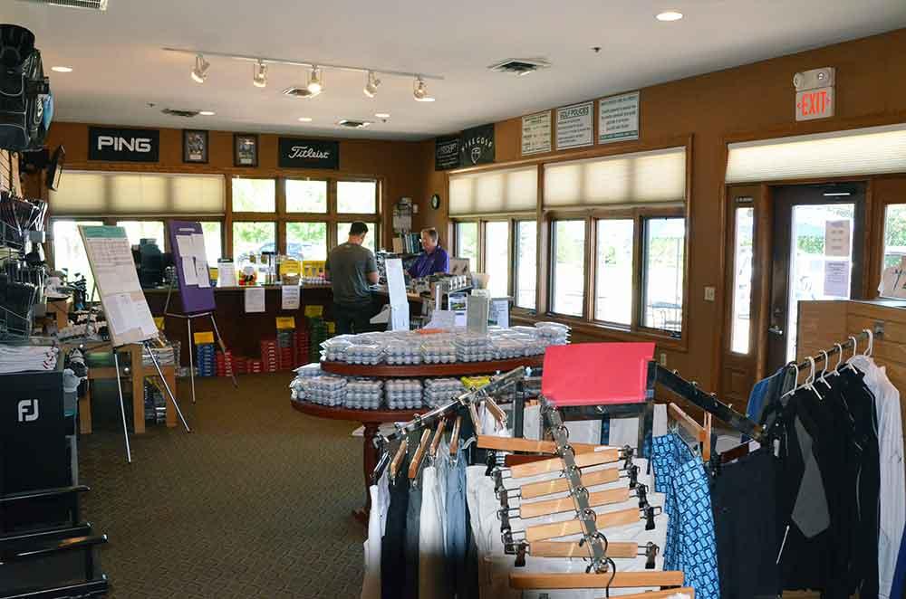 Bear-Creek-Golf-Club,-Wentzville,-MO-Pro-Shop