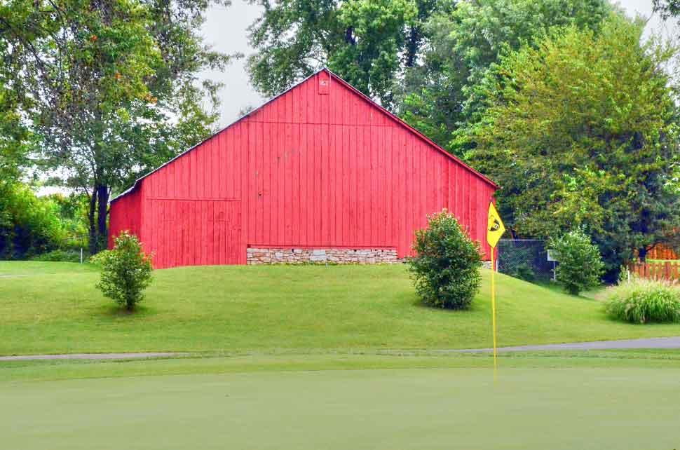 Bogey-Hills-Country-Club,-St-Charles,-MO-Barn