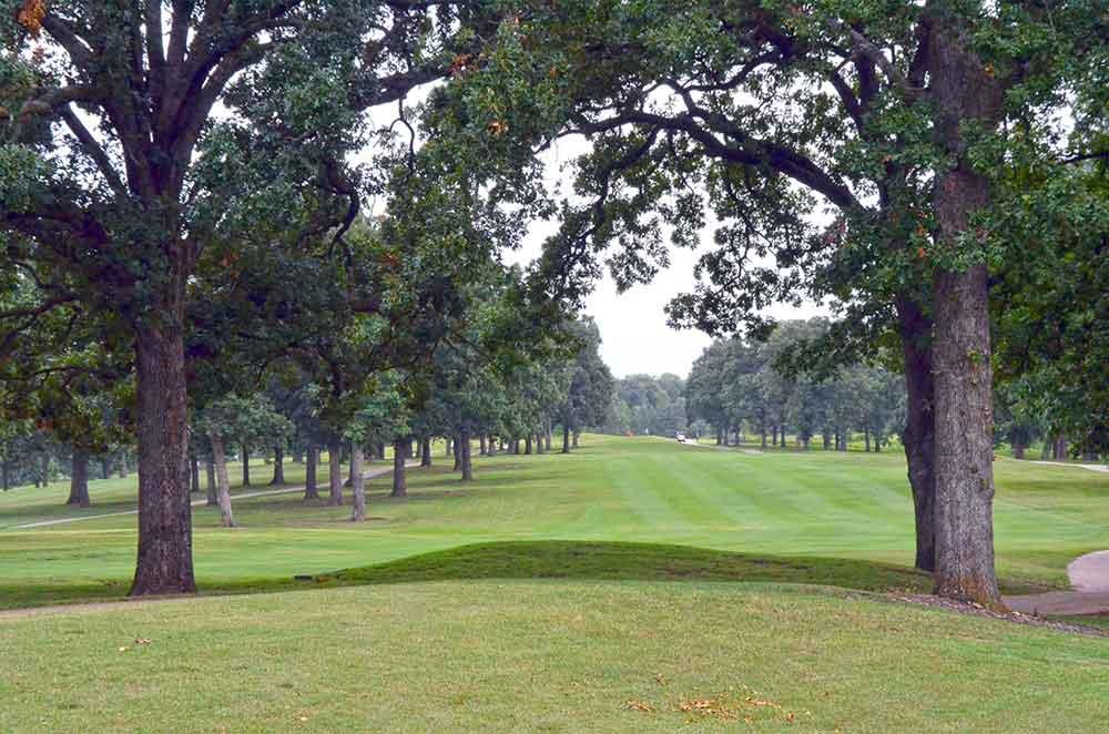 Carthage-Golf-Course,-Carthage,-MO-Fairway