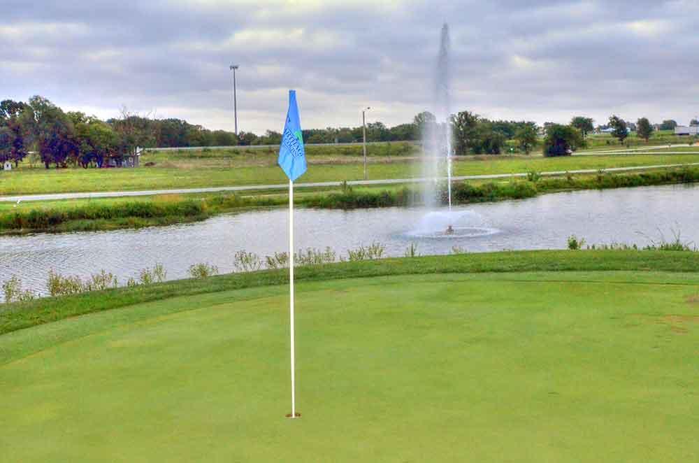 Carthage-Golf-Course,-Carthage,-MO-Flash