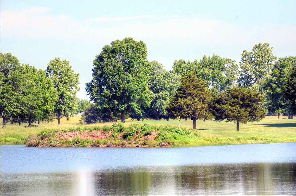 Cassville-Golf-Club,-Best-Golf-Courses-in-Southwest,-MO-Lake
