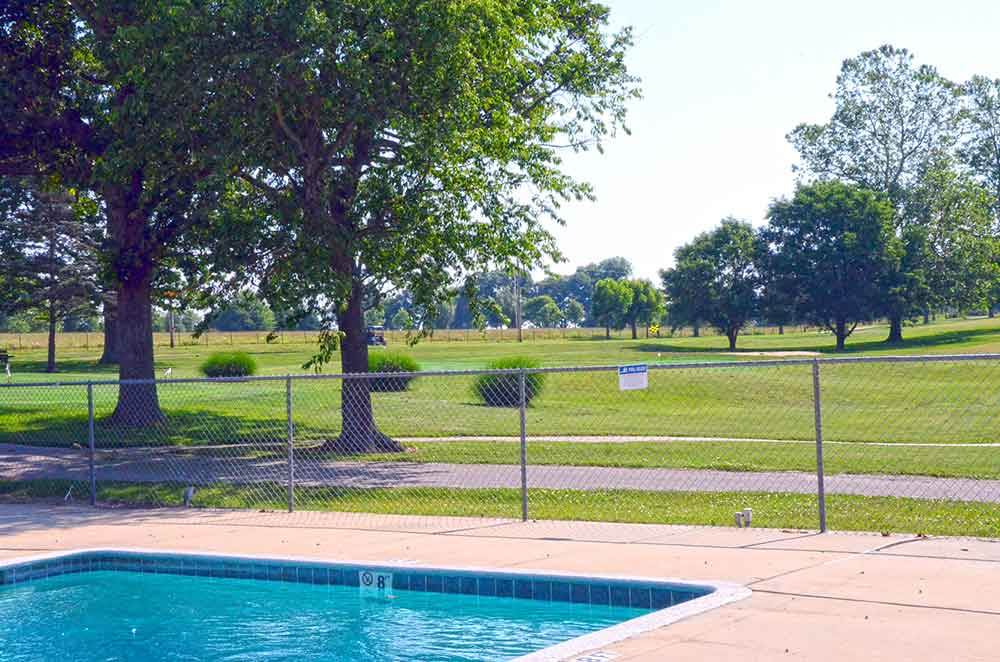 Cassville-Golf-Club,-Best-Golf-Courses-in-Southwest,-MO-Pool