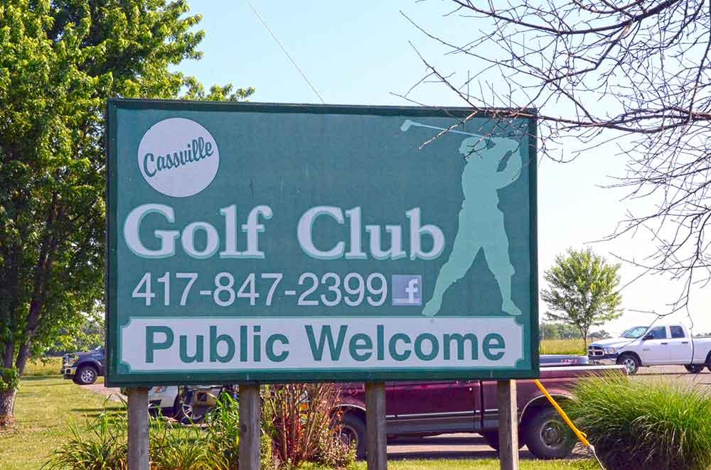 Cassville-Golf-Club,-Best-Golf-Courses-in-Southwest,-MO-Sign