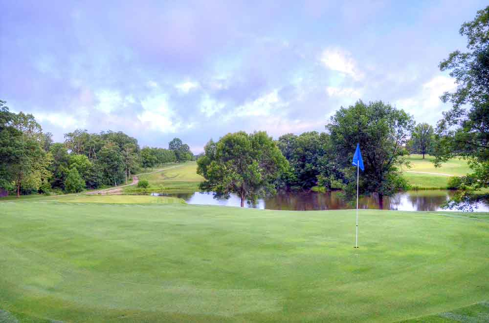 Country-Lake-Golf-Club,-Warrenton,-MO-Flag