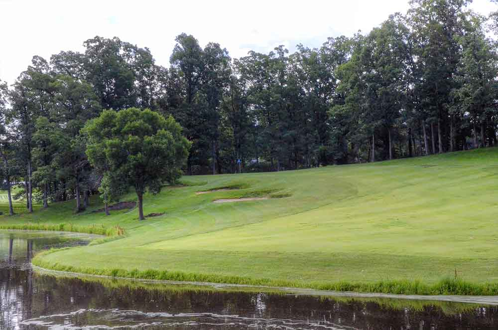 Country-Lake-Golf-Club,-Warrenton,-MO-Water