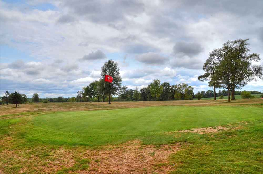 Daviess-County-Country-Club,-Gallatin,-MO-Green
