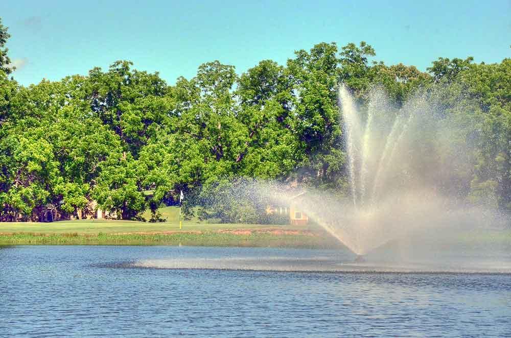 Eagle-Creek-Golf-Club,-Joplin,-MO-Fountain