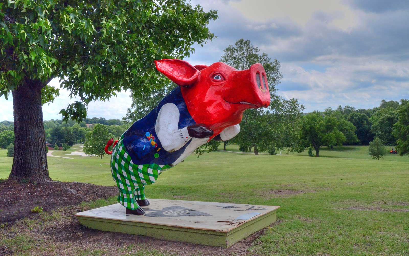 Eagle-Creek-Golf-Club,-Joplin,-MO--Pig