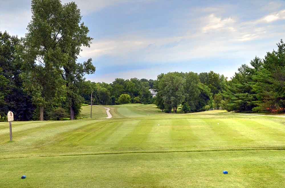 Eagle-Springs-Golf-Course,-St-Louis,-MO-Hole-1