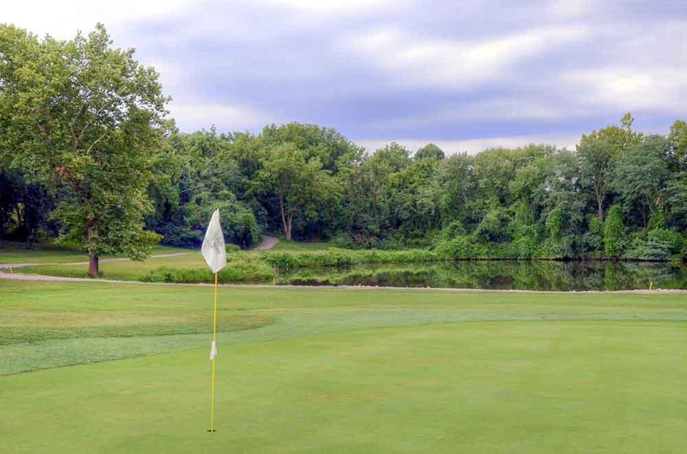 Eagle-Springs-Golf-Course,-St-Louis,-MO-Par-3