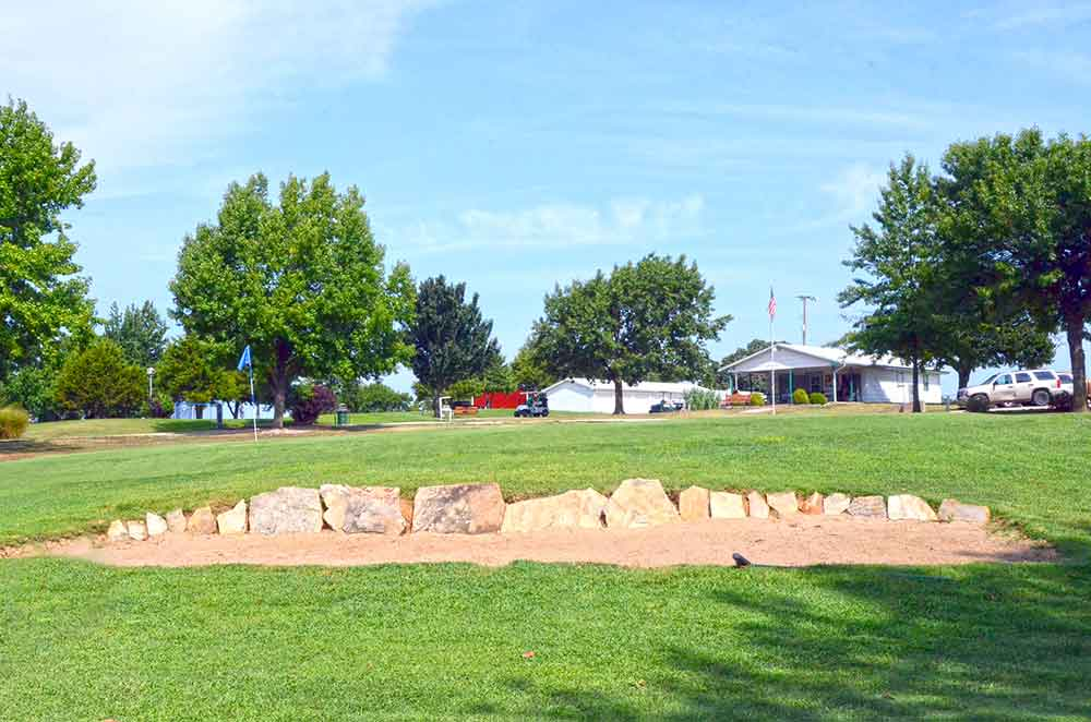 Gene-Pray-Memorial-Golf-Course,-El-Dorado-Springs,-MO-Hole-9