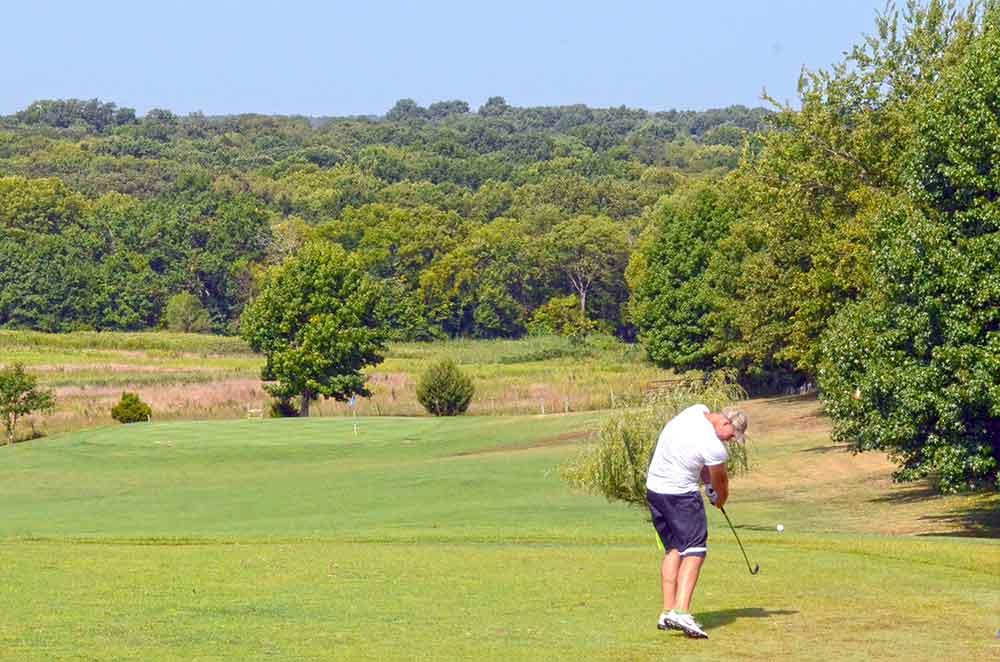 Gene-Pray-Memorial-Golf-Course,-El-Dorado-Springs,-MO-Par-3