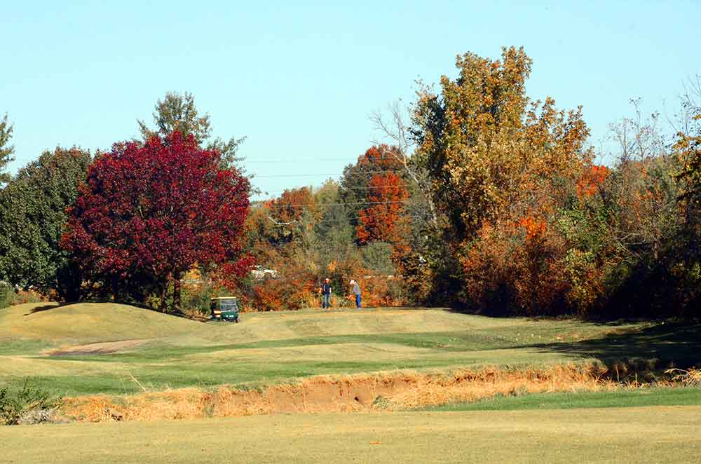 Grand-Summit-Golf-and-Country-Club,-Kansas-City,-MO-Driving
