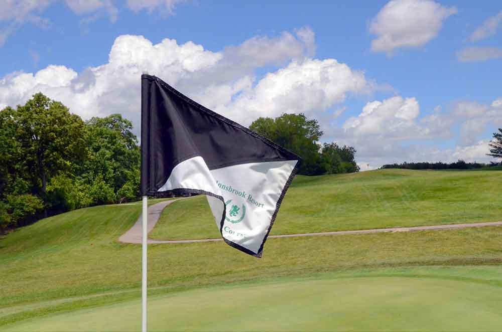 Innsbrook-Golf-Resort,-Innsbrook,-MO-Black-Flag