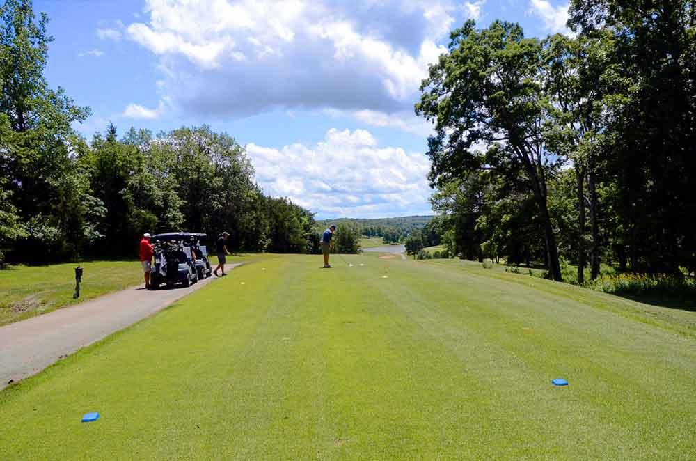 Innsbrook-Golf-Resort,-Innsbrook,-MO-Tee