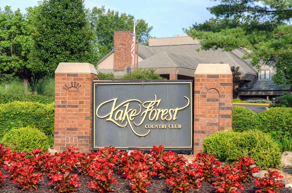Lake-Forest-Country-Club,-Lake-St-Louis,-MO-Sign