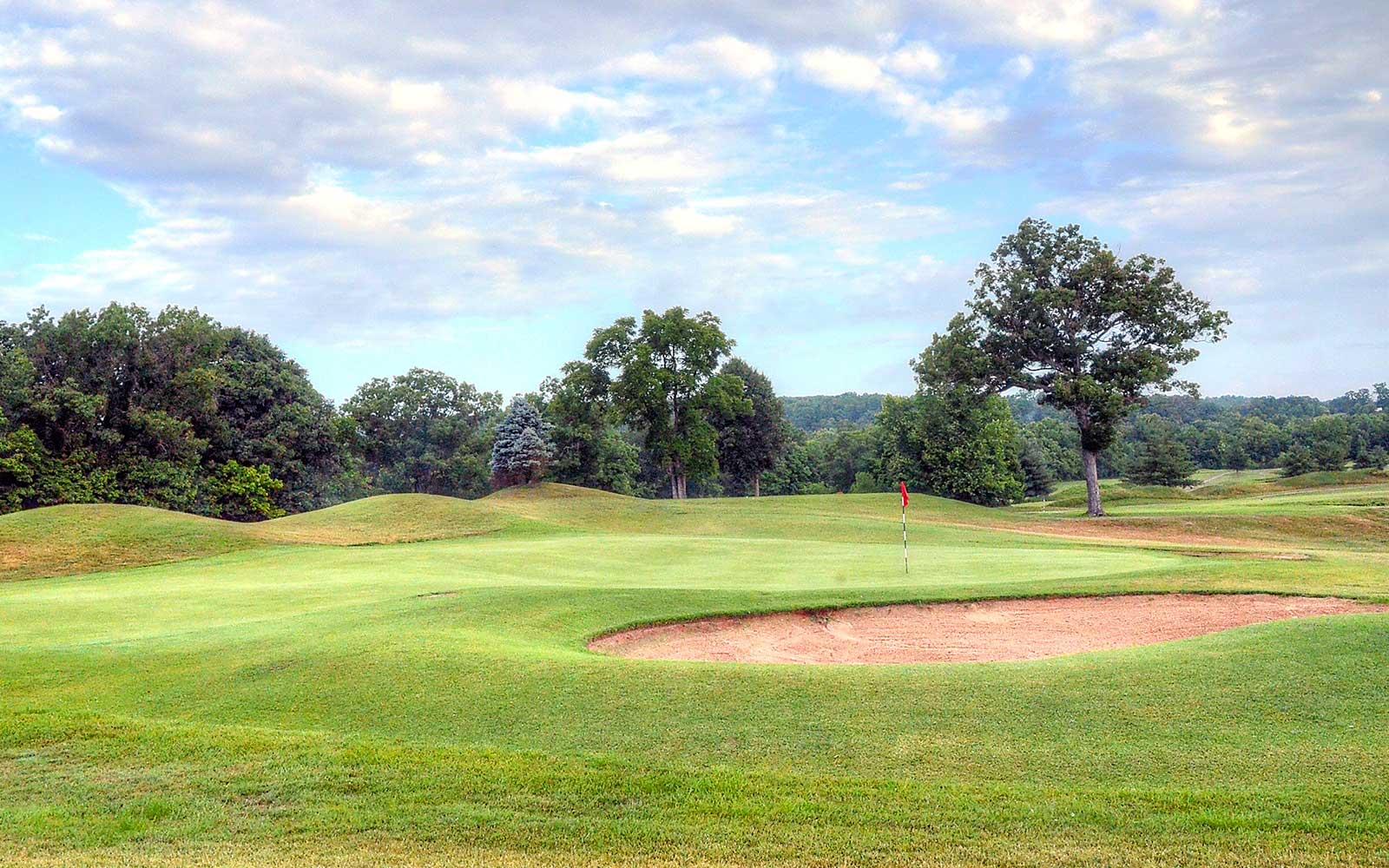 Meramec-Lakes-Golf-Course,-St-Clair,-MO-Green