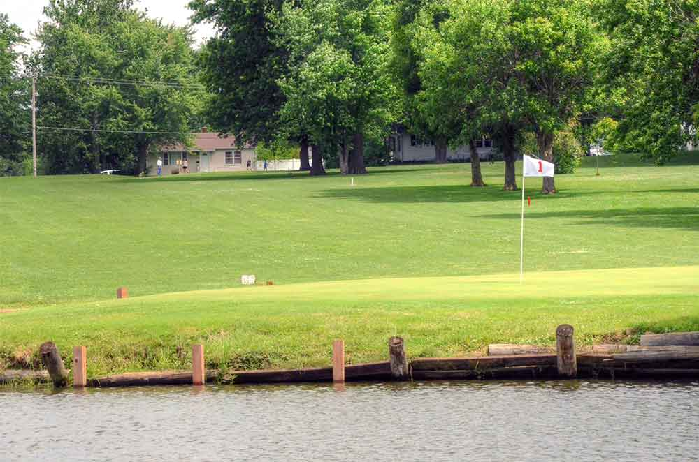 Montgomery-County-Golf-Club,-Montgomery-City,-MO-Club-1