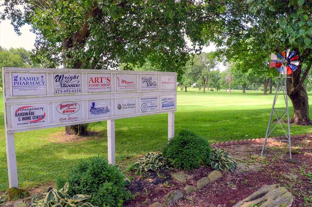 Montgomery-County-Golf-Club,-Montgomery-City,-MO-Lake