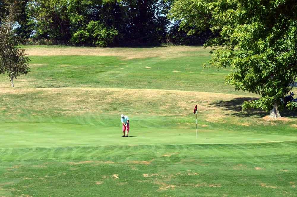 Mound-City-Golf-Club,-Mound-City,-MO-Putter