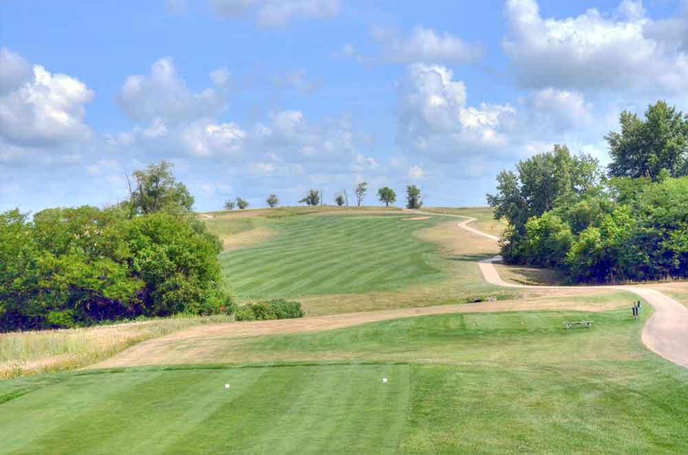 Mozingo-Lake-Recreational-Park-Golf-Course,-Maryville,-MO-Tee-Box