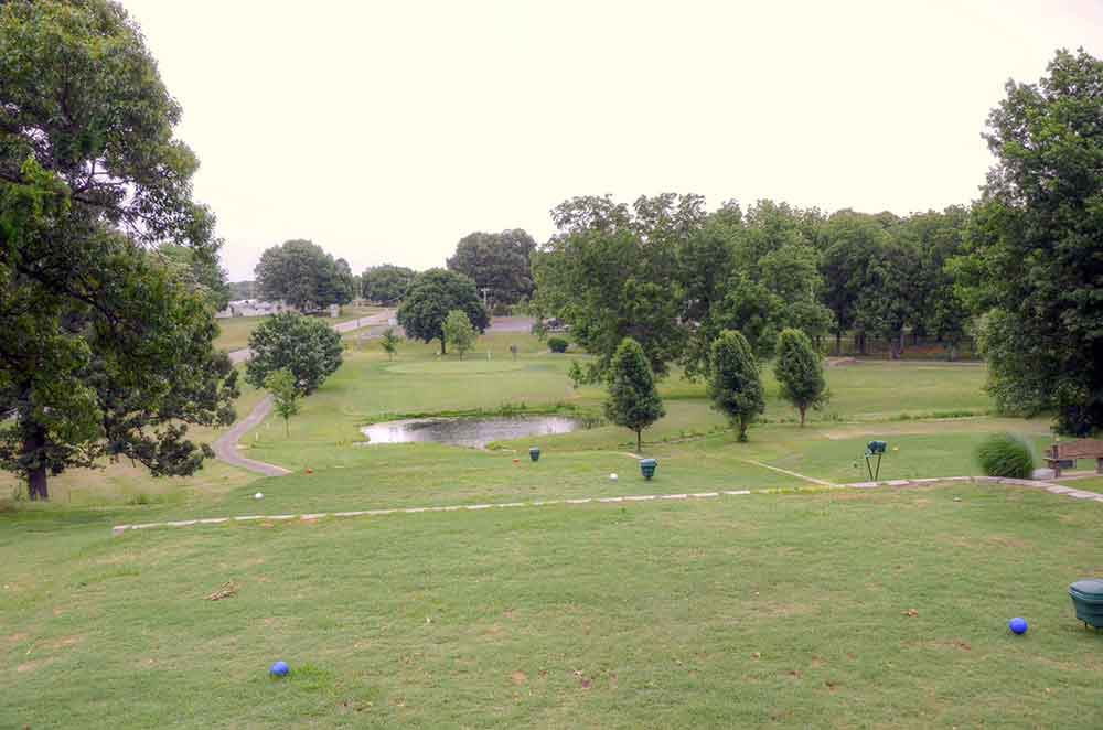Mt.-Vernon-Golf-Course,-Mt.-Vernon,-MO-Hole-9-Tee