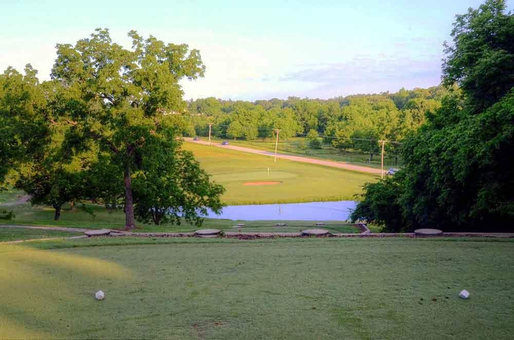 Neosho-Municipal-Golf-Course,-Neosho,-MO--Par-3