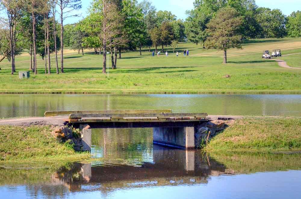 Oak-Meadow-Country-Club,-Rolla,-MO-Bridge