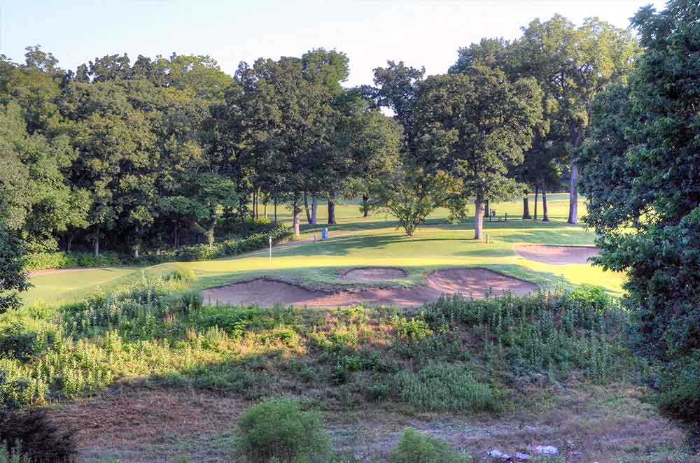 Oakwood-Country-Club,-Kansas-City,-MO-Death-Valley
