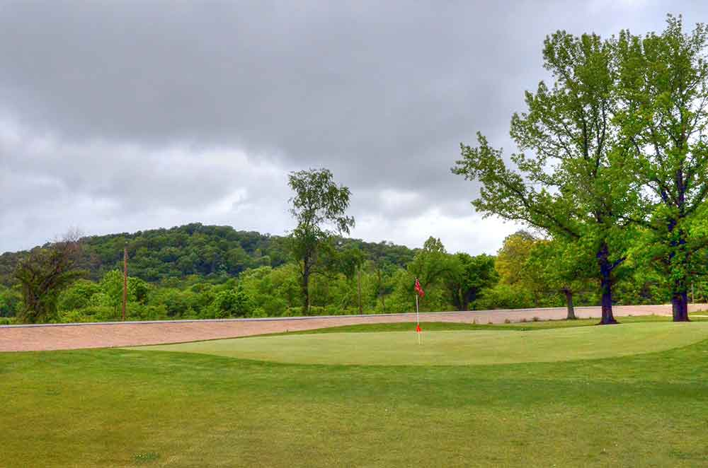 Piney-Valley-Golf-Course,-Ft-Leonard-Wood,-MO-Green