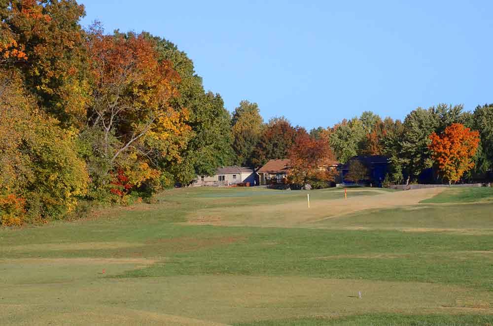 River-Oaks-Golf-Club,-Kansas-City,-MO-Fairway