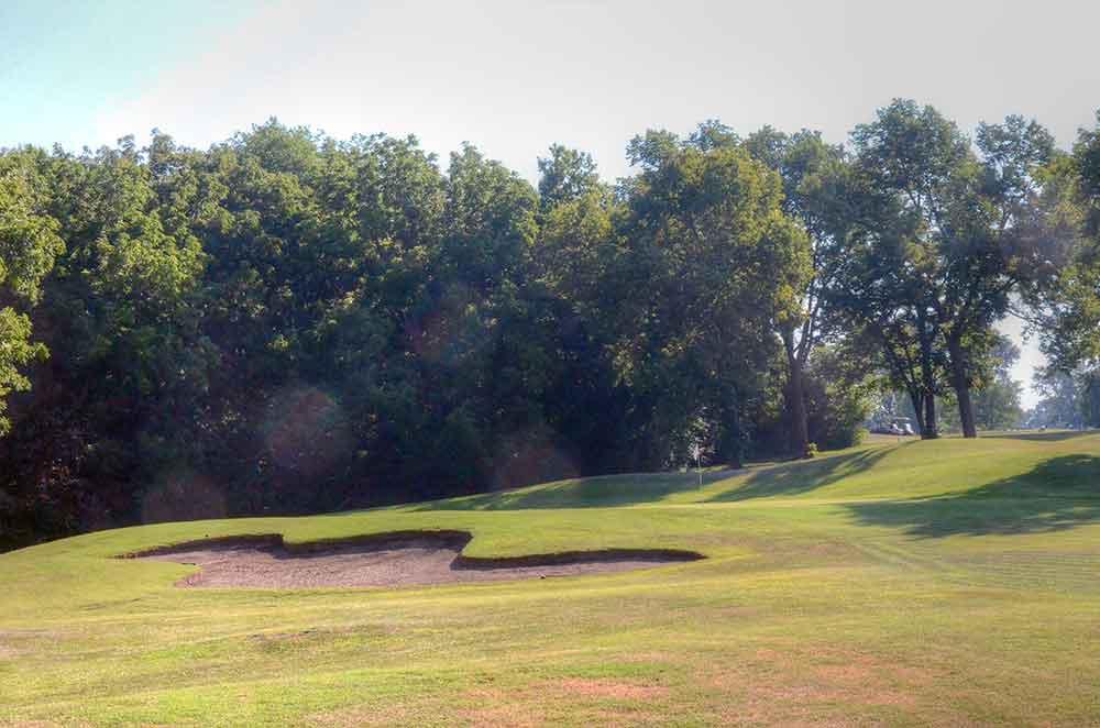 Royal-Meadows-Golf-Club,-Kansas-City,-MO-Club-Bunker