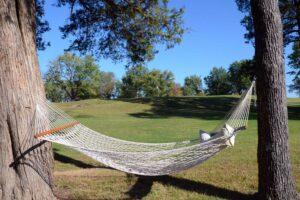 Skyview-at-Terre-du-Lac-Golf-and-Country-Club,-Bonne-Terre,-MO-Hammock