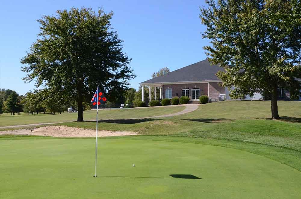 St-Francois-Country-Club,-Farmington,-MO-Club-House