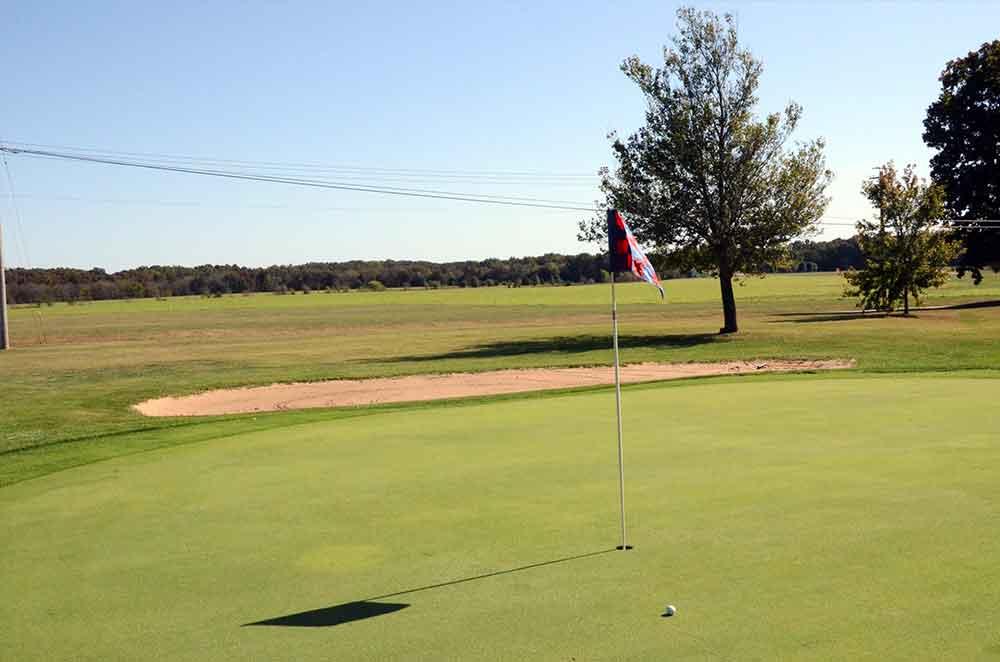 St-Francois-Country-Club,-Farmington,-MO-Field