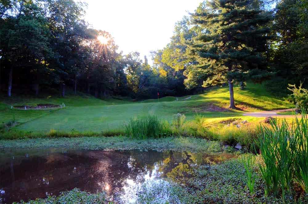 Sugar-Creek-Golf-Course,-High-Ridge,-MO-Pond