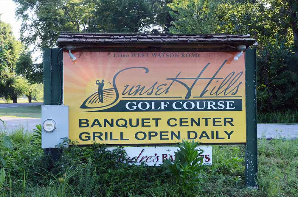 Sunset-Hill-Golf-Course,-St-Louis,-MO-Sign