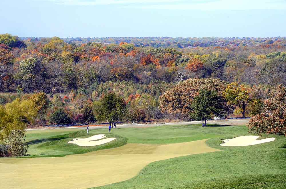 The-Country-Club-at-Loch-Lloyd,-Belton,-MO-Trees
