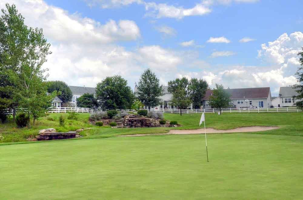 The-Falls-Golf-Club,-O'Fallon,-MO-Falls