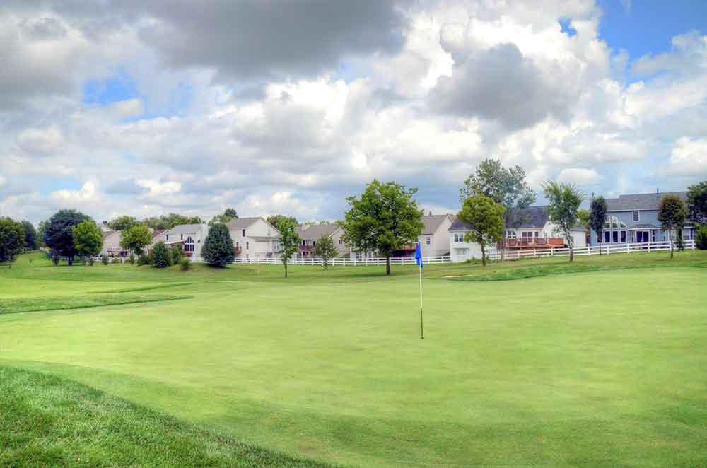 The-Falls-Golf-Club,-O'Fallon,-MO-Houses