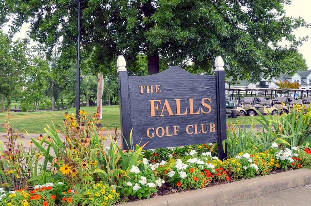 The-Falls-Golf-Club,-O'Fallon,-MO-Sign