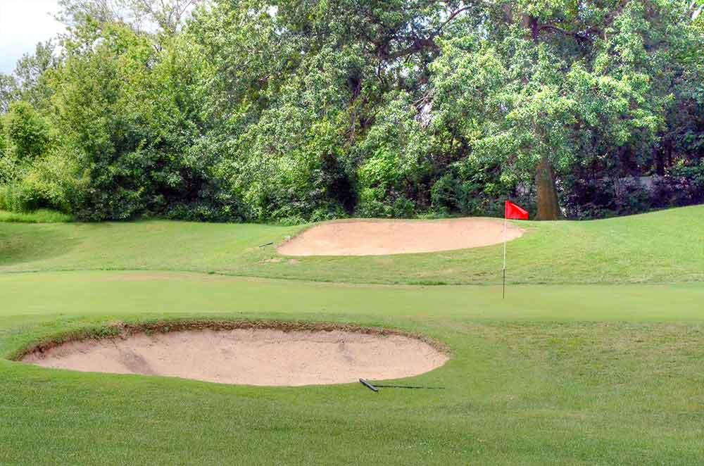 The-Falls-Golf-Club,-O'Fallon,-MO-Traps