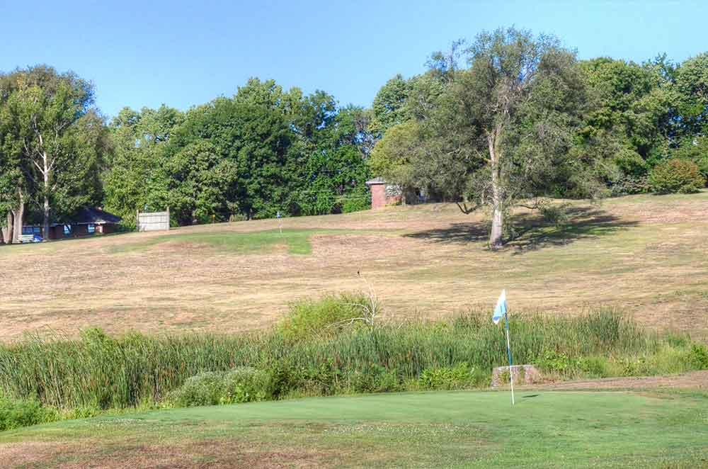 The-Golf-Club-of-St-Joeseph,-St-Joseph,-MO-Club-Greens
