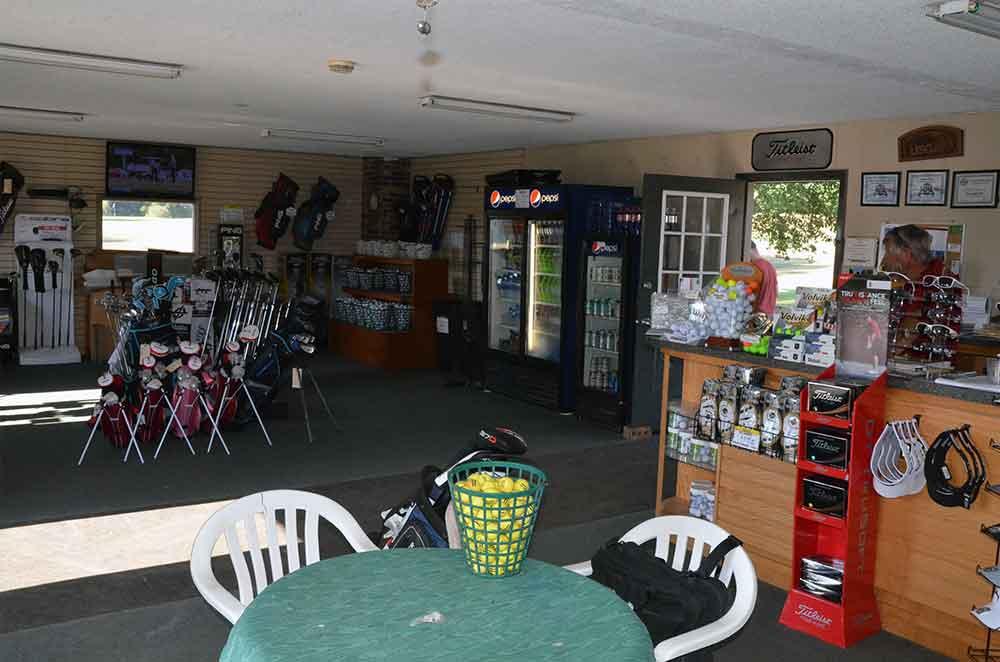 The-Golf-Club-of-St-Joeseph,-St-Joseph,-MO-Club-Pro-Shop